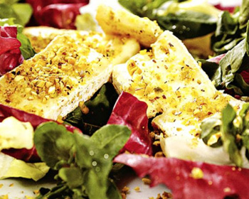 Salada com queijo de cabra empanadovitrine